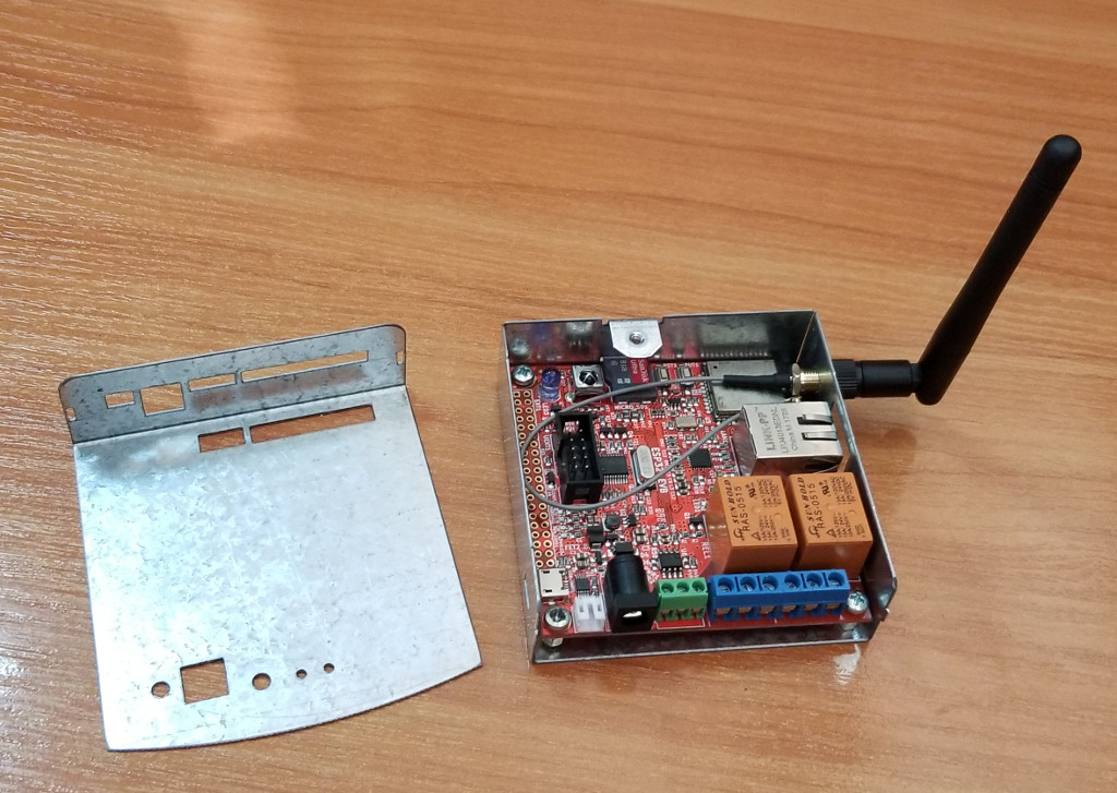 ESP32-EVB-EA-BOX1.jpg